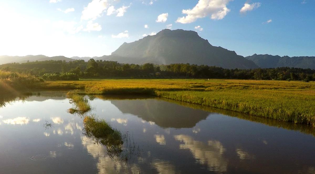 Der höchste Kalkstein-Berg Thailands Doi Luang Chiang Dao (November 2015)